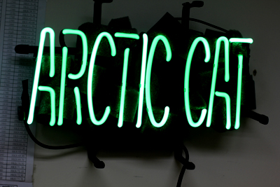 Arctic Cat Dealer Logo Classic Neon Light Sign 18x7