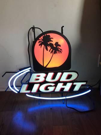 Bud Light Palm Tree Back Board Neon Sign