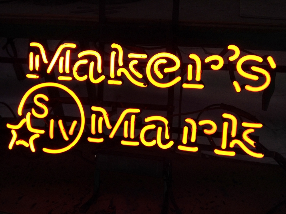 Makers Mark Bourbon Yellow Logo Classic Neon Light Sign 17 x 13