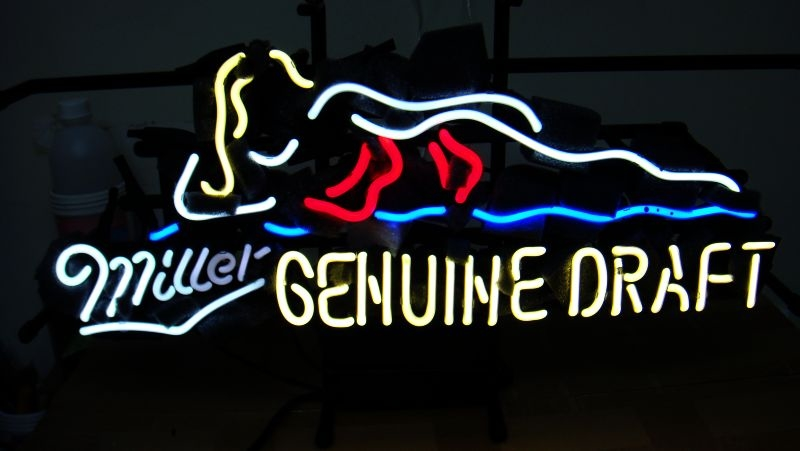 Miller Lite Genuine Draft Bikini Neon Light Sign 17 x 10
