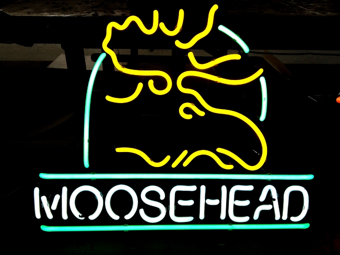 Moosehead Beer Bar Logo Classic Neon Light Sign 16 x 14