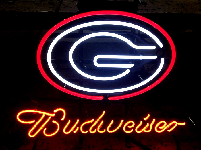 NCAA Georgia Budweiser Beer Neon Light Sign 16 x 14