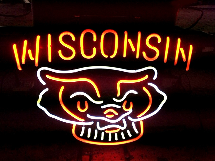 NCAA Uni Wisconsin Badgers Logo Neon Light Sign 18 x 15