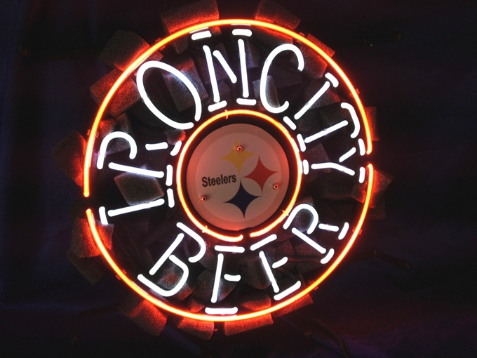 NFL Pittsburg Steelers Classic Neon Light Sign 16 x 16