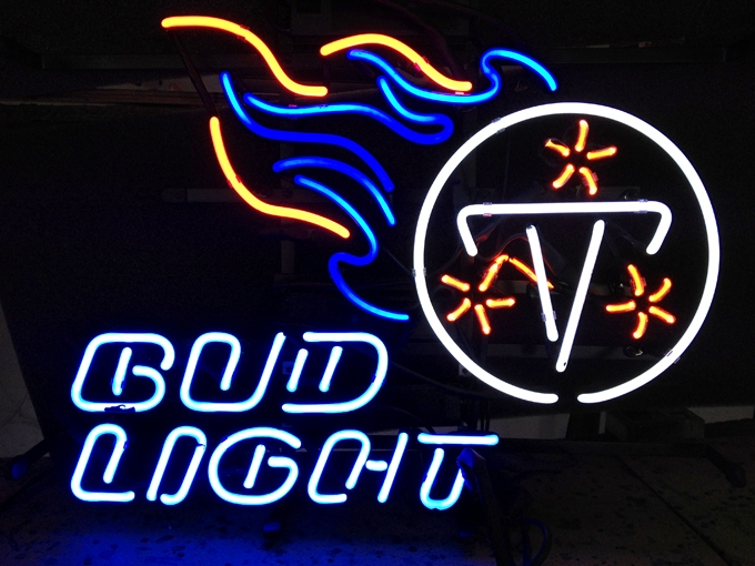 NFL Tennessee Titans Bud Light Neon Light Sign 18 x 15