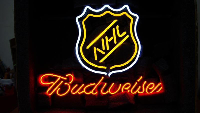 NHL Hockey Budweiser Classic Neon Light Sign 16 x 14