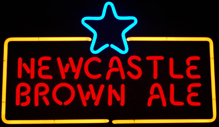 Newcastle Brown Ale Beer Logo Classic Neon Light Sign 17 x 11